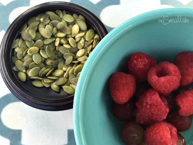 Pumpkin Seeds & Raspberries High Fiber Snack