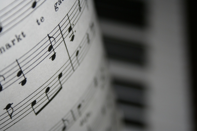 The Power of Music to Shift your Mood-NoSmallLife
